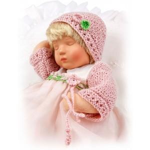 Rosa, sleeping Däumlinchen doll
