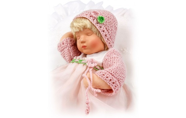 Rosa, sleeping Däumlinchen doll