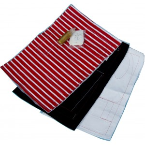 Marie Kruse white-navy-red pre-sewn kit